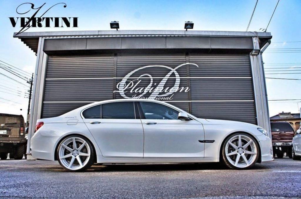 BMW 740i | DYNASTY