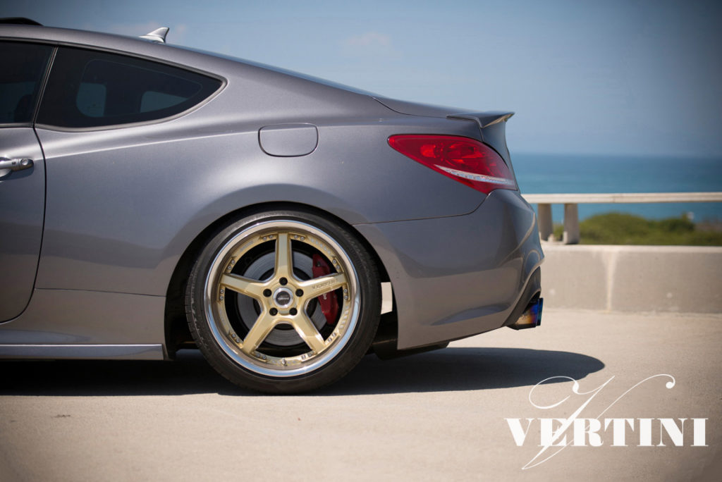Hyundai Genesis | DRIFT GOLD