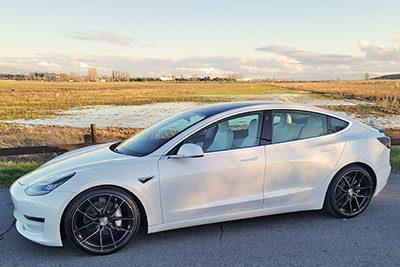 Tesla Model 3   RFS1.8